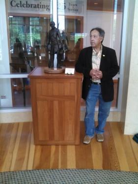 CAPTAIN LINCOLN SCULPTURE PRESENTATION LINCOLN PRESIDENTIAL LIBRARY 2015